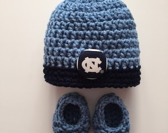 North Carolina Tar Heels hat and booties for baby