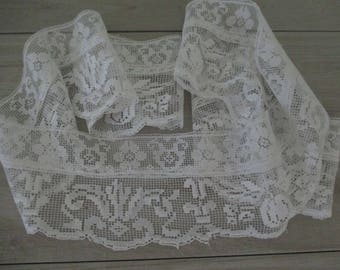 Wide Vintage Antique Lace Trim White