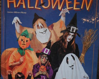 """Book: """"for Halloween"""""""