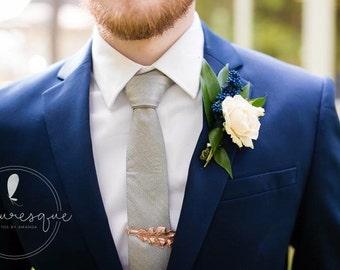 Golden Oak Leaf Tie Bar - Oak Leaf Tie Clip - Mens Tie Clip - Wedding Accessory - Groomsmen Leaf Tie Bar - Woodland Wedding - Autumn Leaf