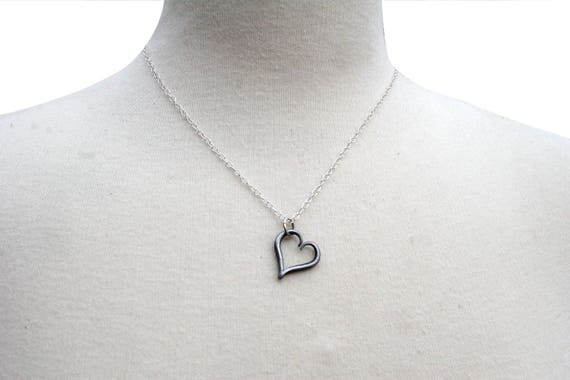 11th Anniversary Heart Necklace y7OHCSZ