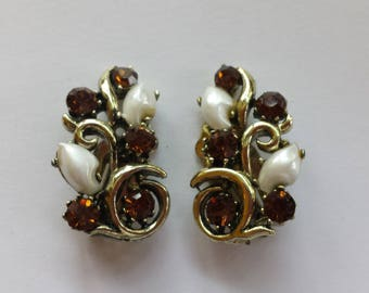 Lisner Faux Pearl and Rhinstone Clip-on Earrings