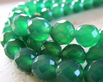 Agate Beads 8mm Emerald Green Faceted Rounds - 8 inch Strand
