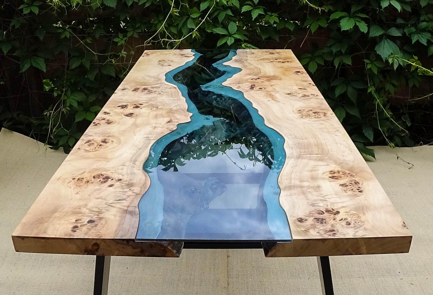Table de rivière du bord Live vendu avec une résine époxy
