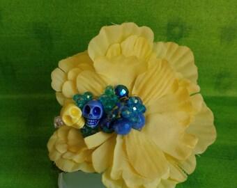 Blue crystal skull flower hair clip