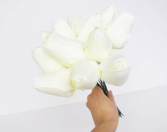 12 White Tulips Artificial Flowers Silk Tulip Flower Floral Hair Accessories Wedding Flowers Supplies Faux Fake Simulation Flowers