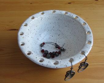 Pottery earring holder, handmade jewelry bowl, ceramic jewelry holder, earring bowl, gift for her