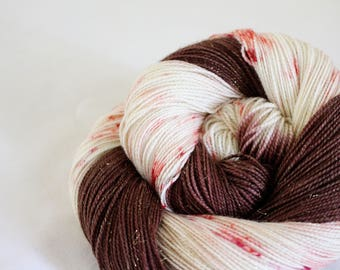 Peppermint Mocha - Magpie - 75/20/5 superwash merino/ nylon/ stellina sock yarn