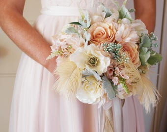 Peach bouquet, summer bouquet, pastel bouquet, wedding flowers, artificial bouquet, silk flowers, silk bouquet, feather bouquet