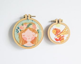 """4 Mini Embroidery Hoops in 2 sizes 