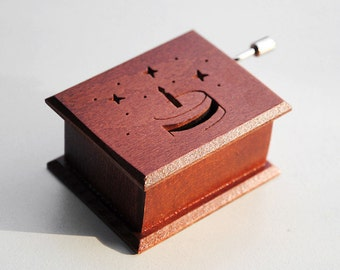 "Birthday wooden music musical box  ""Happy Birthday To You"""