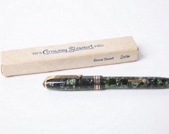 Conway Stewart 58 green hatched candystripe original box 1952