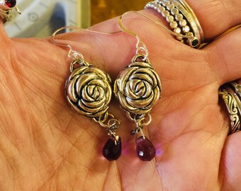 Gorgeous rose earrings , rose bud earrings , trailertrashjewelry1