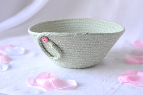 Spring Green Basket, Handmade Pastel Mint Basket, Key Holder bowl, Ring Dish, Girl Gift Basket, Paperclip Holder