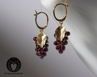 Tiny grapes earrings with AAA garnet