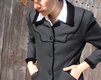 ANNA SUI Jacket- Black Wool Cropped Coat- Velvet Trimmed Black Blazer- Designer Clothing- 1990s Clothing- 90s Clothes- XS Small