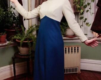 1970's Vintage Beige & Blue Maxi Dress