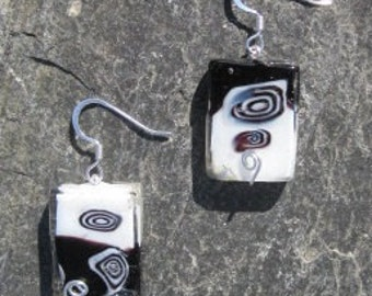 Silver, Black, and White Lamp-Worked Glass Earrings (Silver Plated)