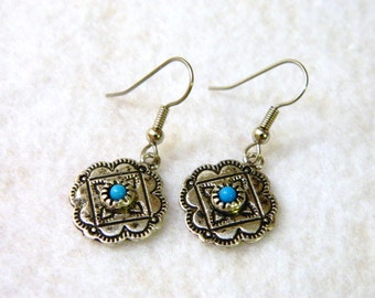 Southwest Style Pierced Earrings with Tiny Turquoise Color Bead Silver Tone
