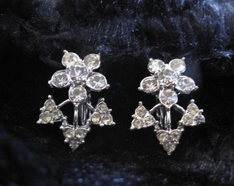 Flower Rhinestone Clip-on Earrings /  Estate Jewelry / Prom Wedding Formal Jewelry / Rhinestone Flower Earrings /
