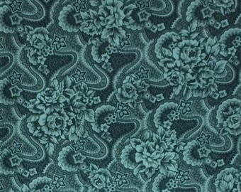 Emerald floral fabric/green fabric/quilting/sewing/crafts/cotton/