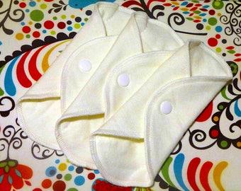"""ORGANIC CLOTH PADS - 7"""" Organic Hemp & Organic Bamboo PantyLiners / Reusable Cloth Liners / Organic Period Napkins / Menstrual Pads"""