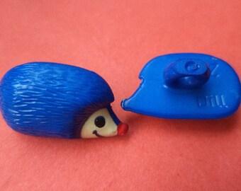 4 buttons for kids blue 19 mm x 11 mm (2377) buttons button Hedgehog