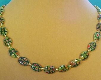 """Pretty 18"""" Green Milliflori Necklace - N353"""