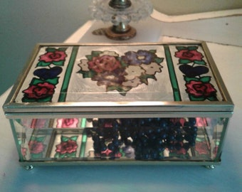 Vintage beveled glass trinket box......jewelry box.....curiosity box.....stained glass....mirrored bottom....excellent condition