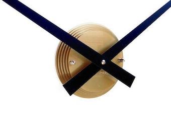 Roco Verre Gold Gloss Luna Hand Clock