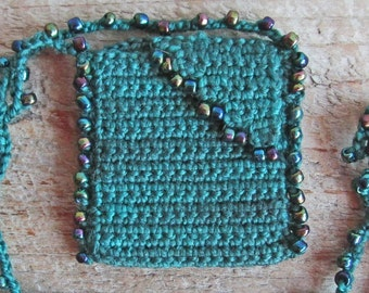 Green Crocheted Beaded Amulet Pouch, Handmade Dark Green Wool Yarn Medicine Bag