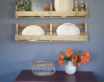 Reclaimed Handmade Pallet Wood Display Shelf