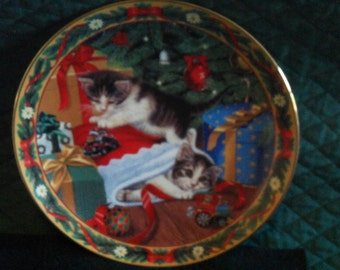 Stocking Stuffers Collector Plate - The Bradford Exchange