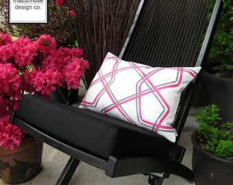 SALE - Decorative Pink & Grey Outdoor Pillow Cover, Modern Pillow Case, Bubblegum Pink and White Throw Pillow Cover, Sunbrella Cushion Cover