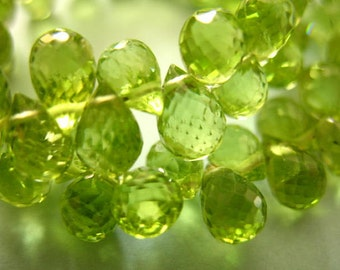 Shop Sale..6 pcs, PERIDOT Drop Teardrop Briolettes, Luxe AAA, 6-7 mm, Granny Apple Green, faceted, August birthstone wholesale beads 67