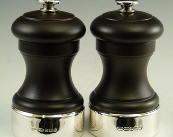 Sterling Silver - Salt and Pepper Pots / GRINDERS - Wooden - Boxed