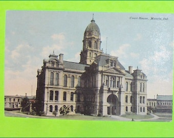 Vintage Postcard Court House Muncie Indiana United States