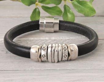Black leather mens bracelet with DQ sliders
