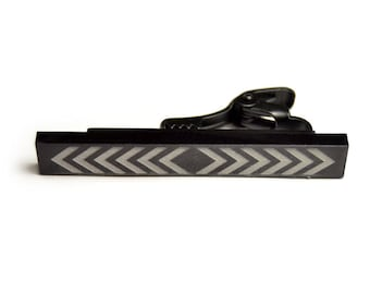 Black Tie Bar engraved arrows square ends