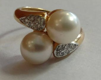 Vintage 18k Yellow Gold Pearl Diamond Ring