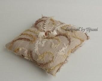 Burlap ring pillow, wedding ring pillow, rings bearer pillow, ring bearer, rings holder, bride pillow,ready to shipp
