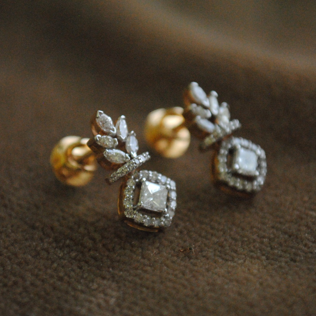 gold stud in diamond t ct white small w earrings pin