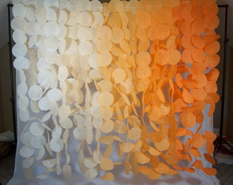 Paper Circle Garland: Orange Ombre