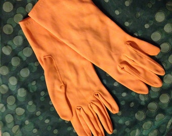 Vintage nylon gloves tangerine color in excellent condition!