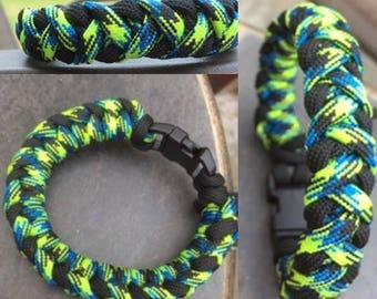 Catfish Bar Paracord Bracelet
