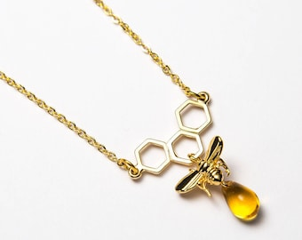 Honeycomb necklace. Bee and honey comb jewellery.