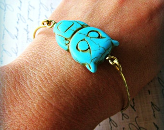 One Gold stackable OWL bangle, turquoise blue owl bangle, owl lover gift, summer colors, teal, tuquoise owl, stackable bangle, chunky bangle