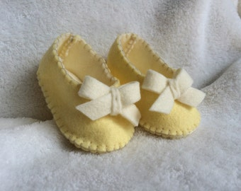 Pretty Bows Baby Slippers