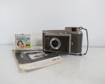 Vintage Polaroid J33 Electric Eye Land Camera // Retro Style Folding Extending Camera Instant Film UNTESTED Photography Prop Gift with Case