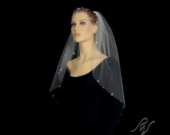 Bridal Wedding Veil with Pearl Cluster Edge, Made With SWAROVSKI ELEMENTS